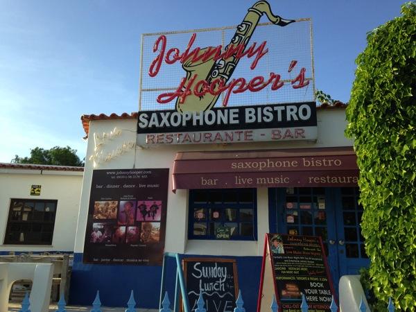 Johnny Hoopers Saxophone Bar