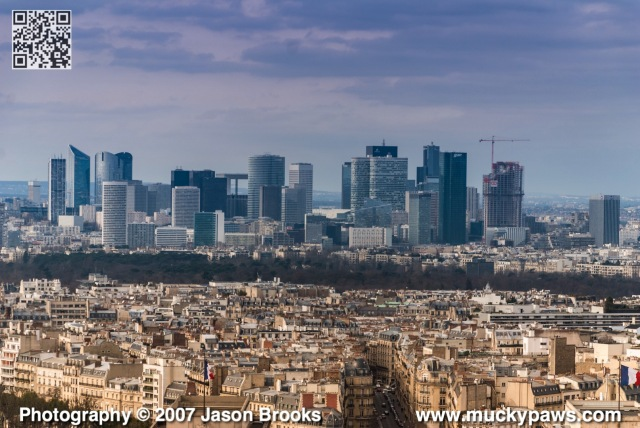 ParisSkyline2009wm.jpg