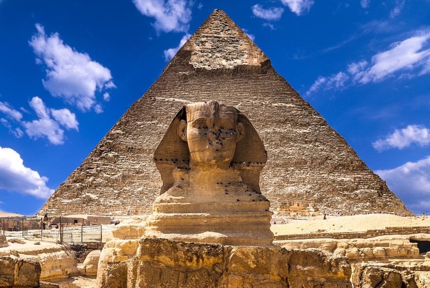 SphinxAndPyramid